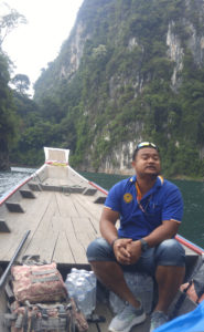 Jungle guide Pu in the boat